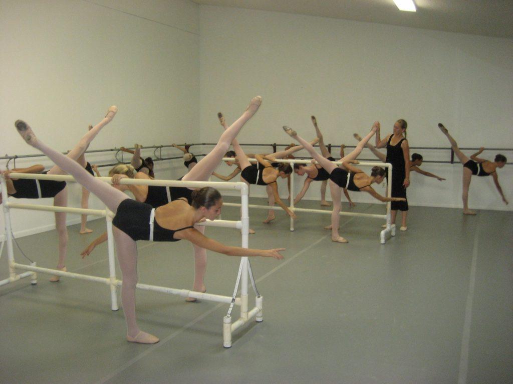 Amy teaching a Level B Ballet Class.